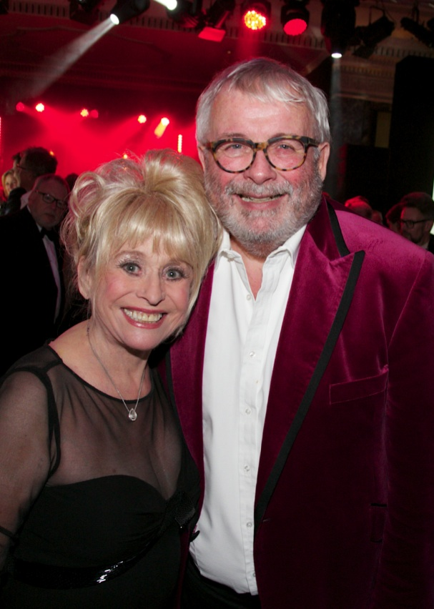 barbara-windsor-and-biggins